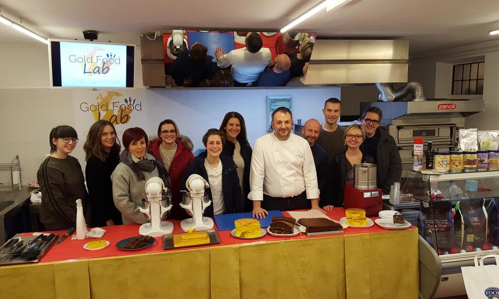 Il Mercoledì: Corso pasticceria e cioccolateria: Masse Montate e Spume al Sifone